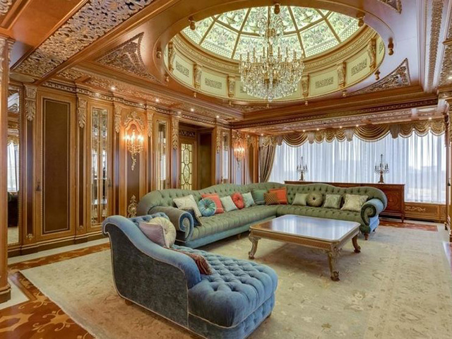Penthouse in Ulofa Palme offered for over one billion