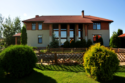 Cottage reisdence in Novorizhskoye shosee welcomes you with picturasque nature and fresh air